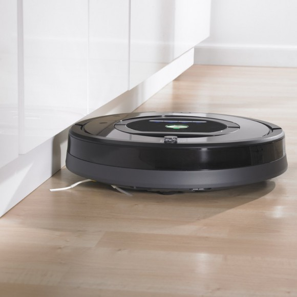 iRobot Roomba 770 Cleaning