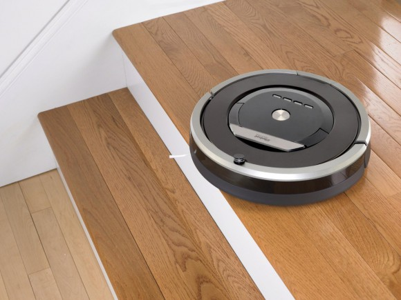 Irobot roomba 870 vs 880 see what 39 s different appliance - Can a roomba go from hardwood to carpet ...